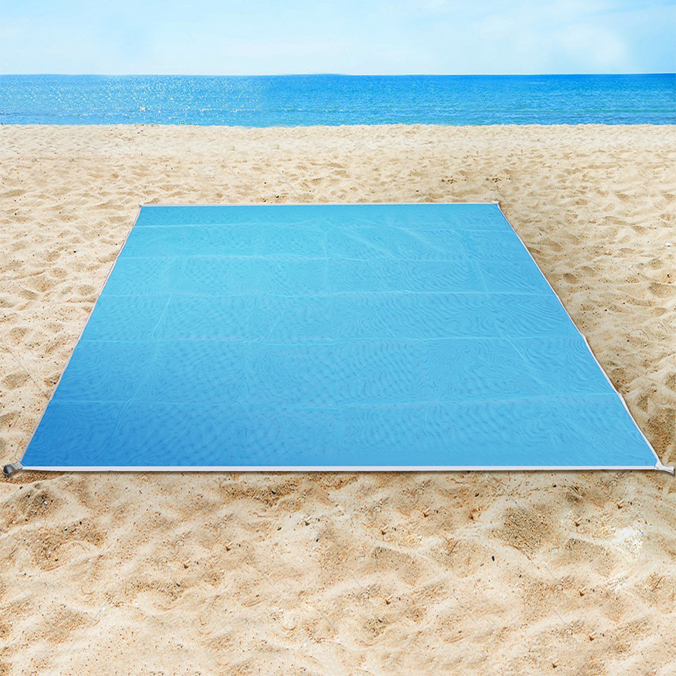 Family Beach Blanket: Sand Free Outdoor Beach Mat / Camping / Picnic Blanket (2x2m
